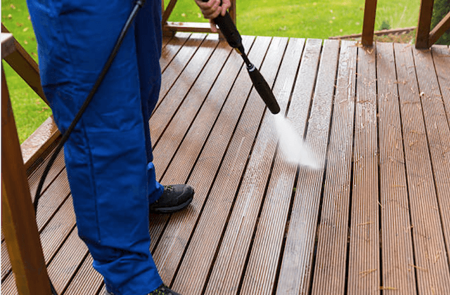 vancouver deck cleaning